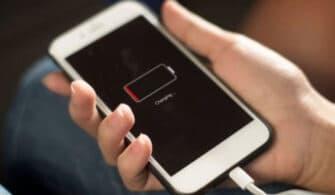 iPhone 13 şarj girişi kaldırılıyor mu